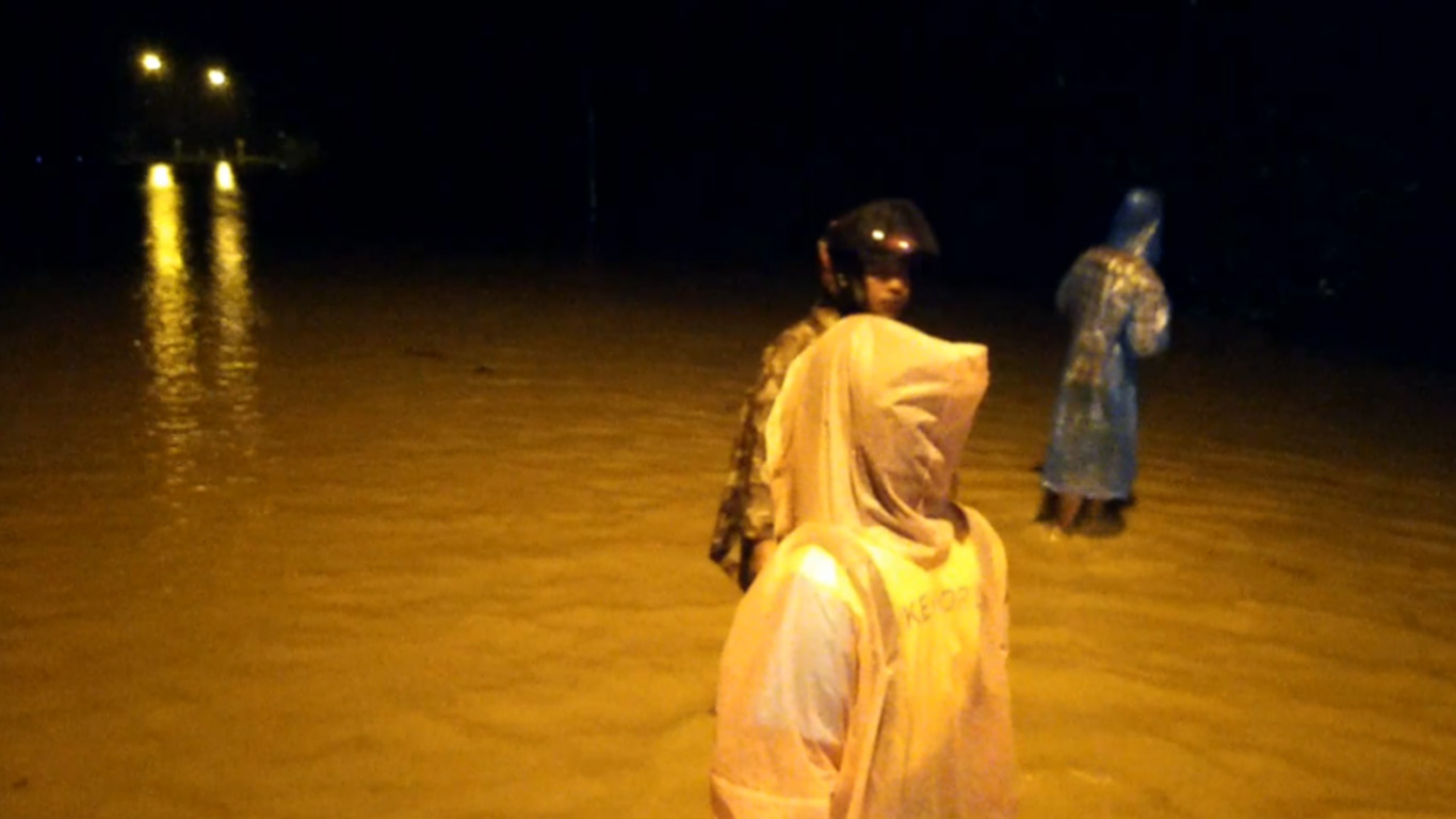 น้ำท่วมหนัก 8 จว.ใต้ ชาวบ้านเร่งสรุปบทเรียน
